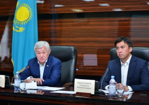 Б.Сапарбаев: Жұмысқа қабілетті АӘК алушылар жұмыс істеуі керек