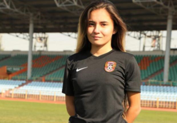 18 жастағы қазақстандық бұрымды футболшы Түркия біріншілігіне ауысты