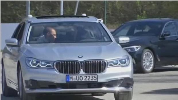 BMW жүргізушісіз басқарылатын көлік шығармақ