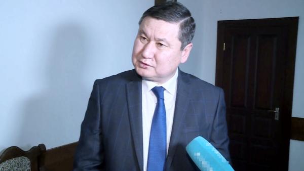Жамбыл облысында мемлекеттік қызметкер сыйлыққа шұлық алғаны рас па?