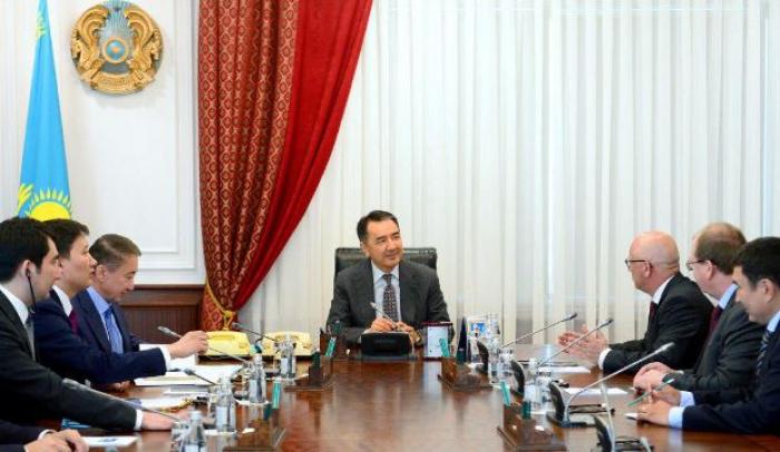 Бакытжан Сагинтаев встретился с вице-президентом «Oracle» Я. Наклиски