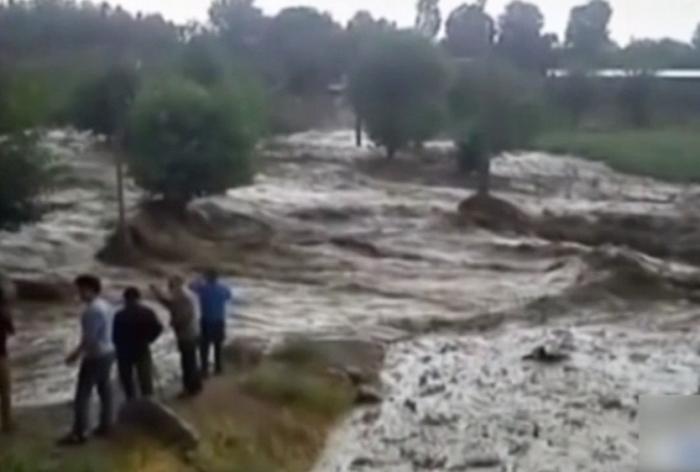 По меньшей мере 9 человек погибли в результате наводнений в Иране