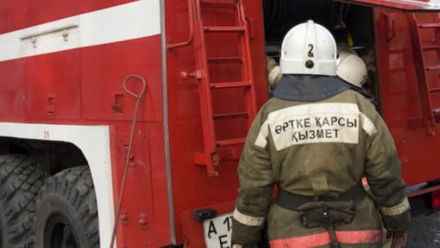 Алматыда өрт болып, 100 адам эвакуацияланды