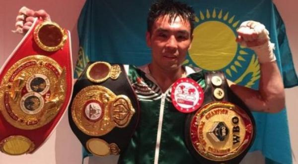 Қазақстандық боксшы WBA, WBO және IBF титулдары үшін жекпе-жекте жеңіске жетті