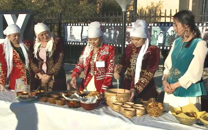 Picture-Demand Kazakh wives